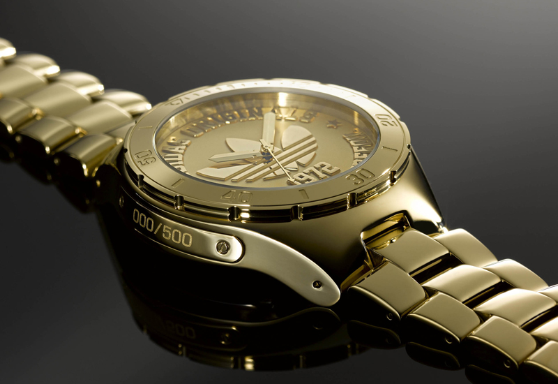 arrebatar liderazgo novato  Adidas launches limited 40th anniversary watch - WatchPro USA