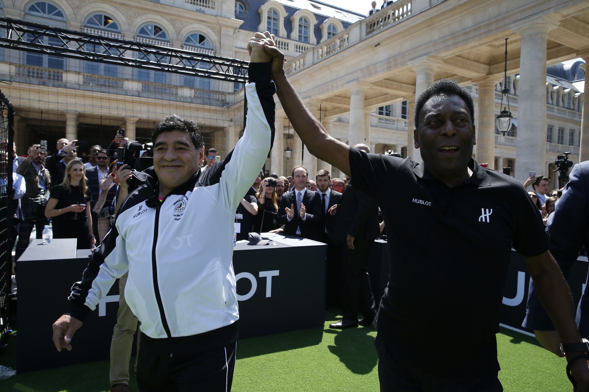 Hublot Creates Football History Again – Pelé and Maradona together for Once in a Lifetime Match!