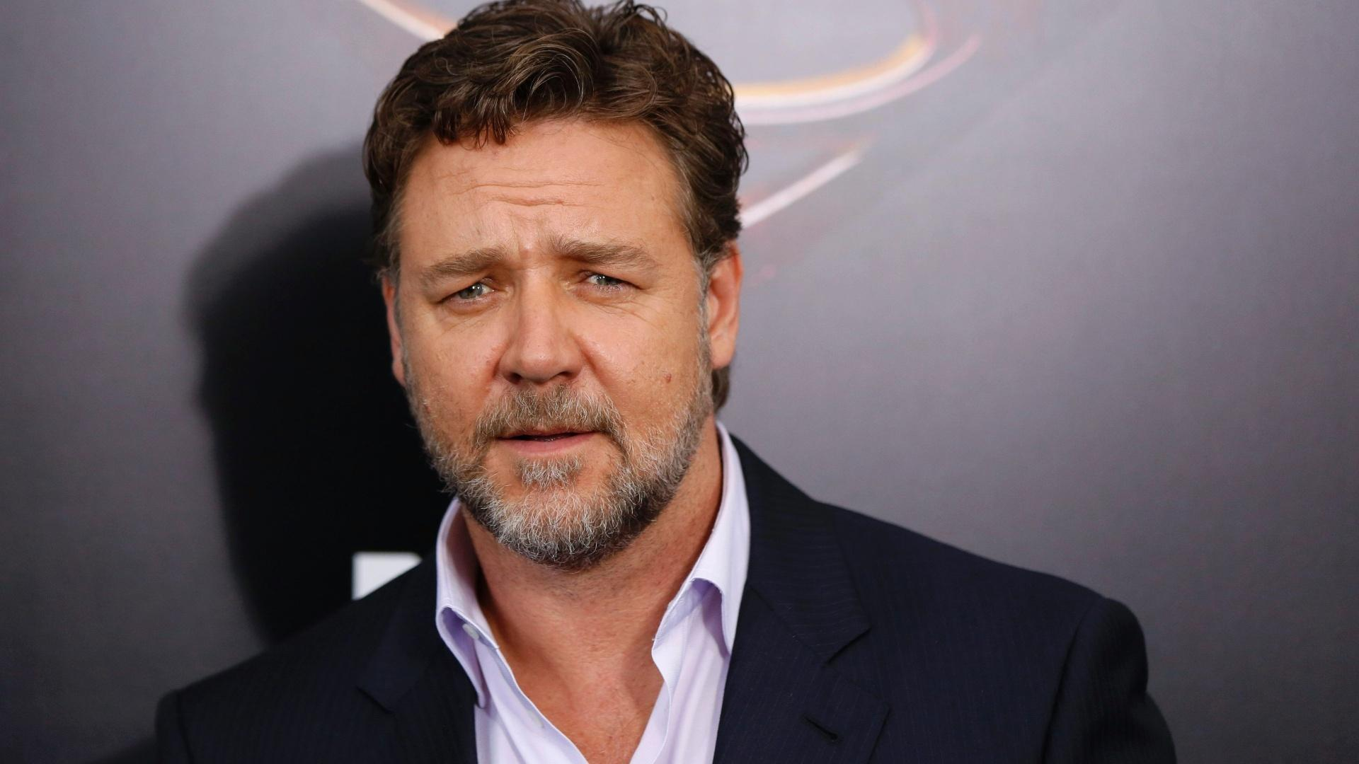 Russell Crowe puts half his prodigious Swiss watch collection up ...
