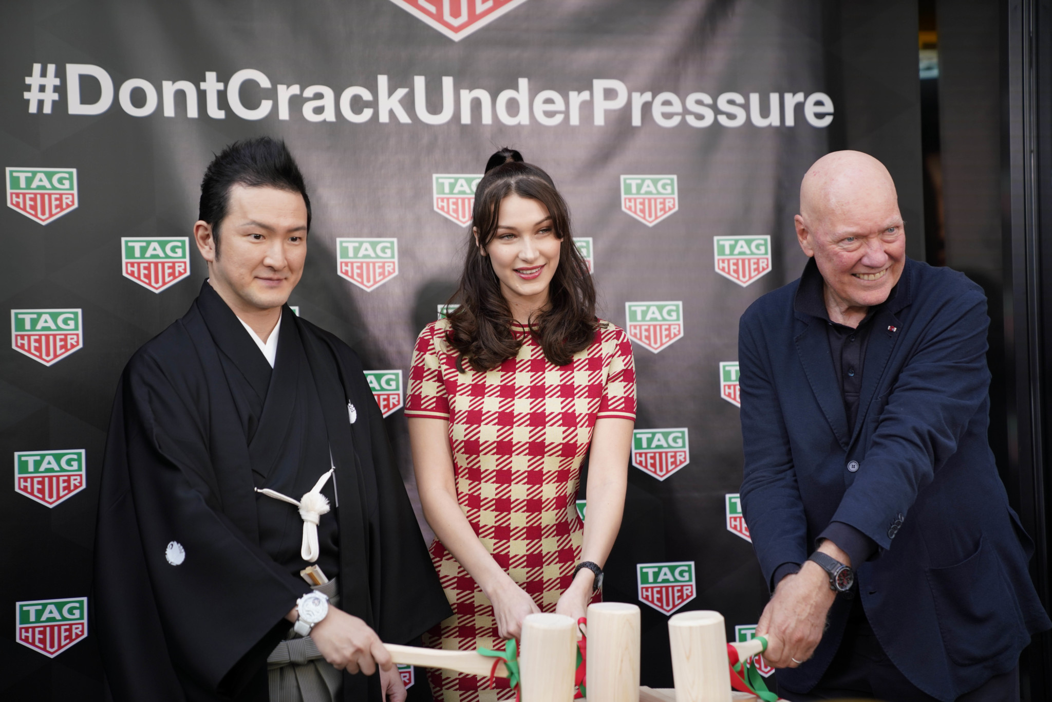 TAGHeuer_Bella Hadid opens the Ginza Boutique (5)