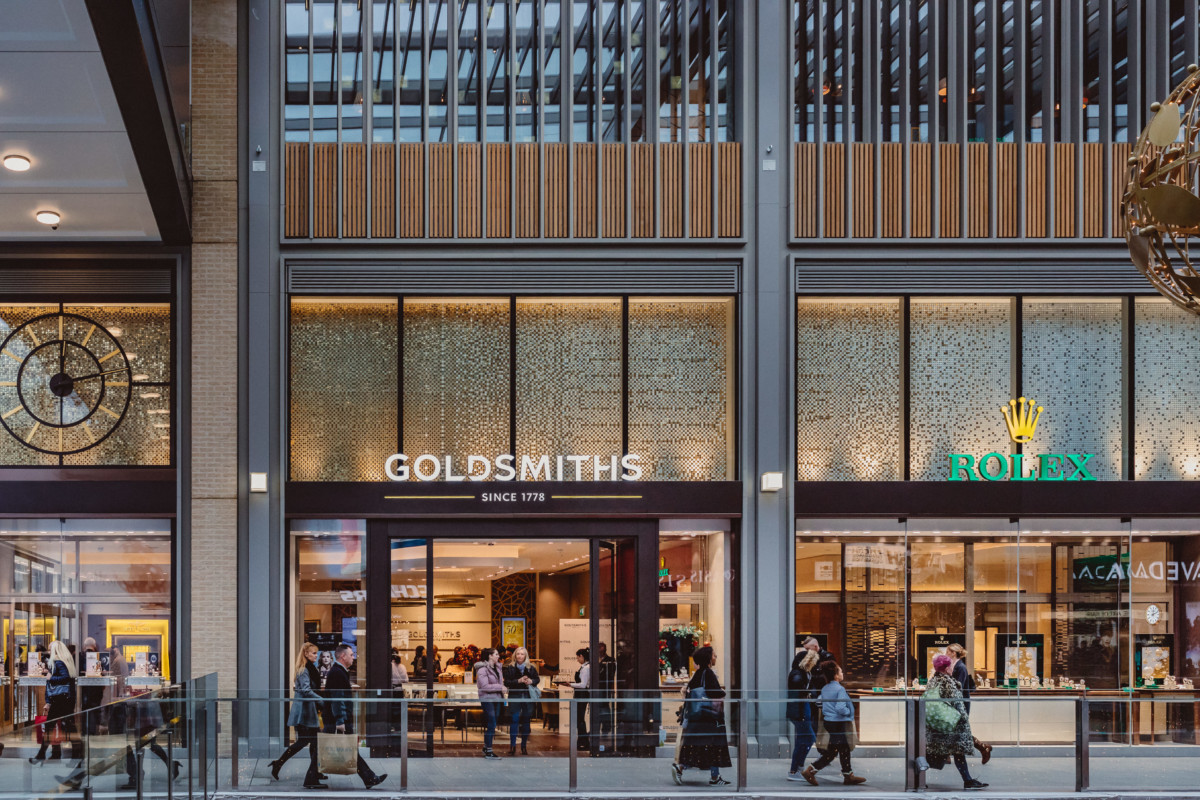 The-new-Goldsmiths-showroom-at-Westgate-Shopping-Centre-1