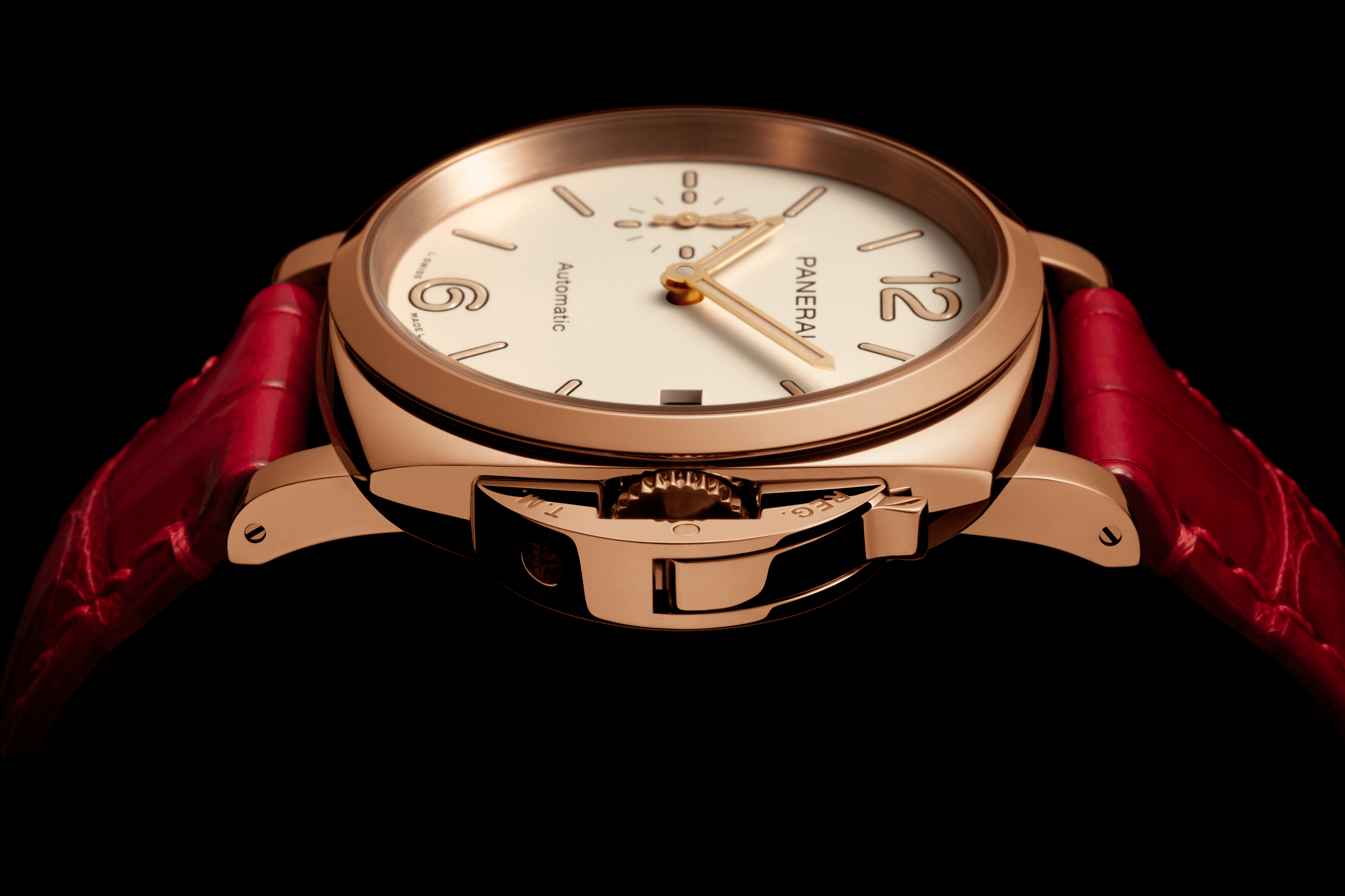 Panerai extends its approachable Luminor Due family of smaller ...